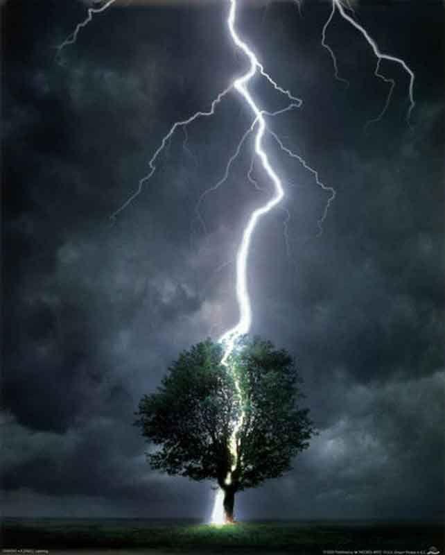 ВНовосибирске впроцессе грозы молния убила мужчину